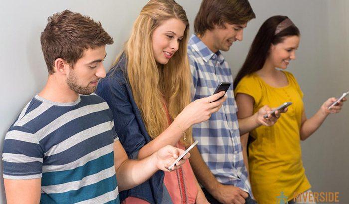 Smartphones in California's Polling Places