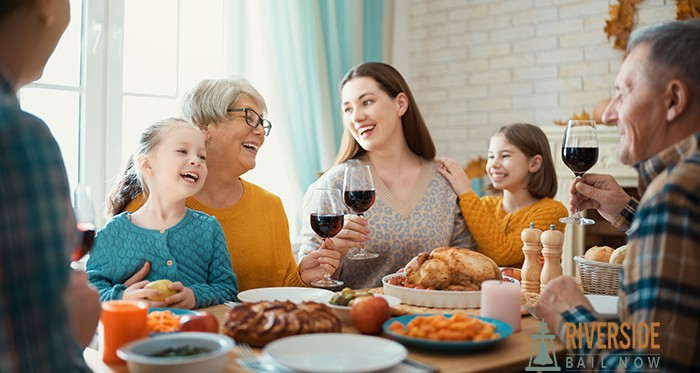 Bail Bonds in Riverside Allows you to Spend Thanksgiving with your Family